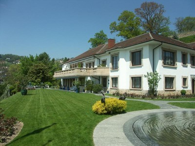 Villa for sales at Lutry-Lavaux - 22-room mansion  Lutry, Vaud 1095 Svizzera