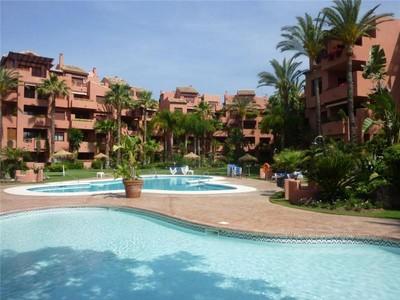 Tek Ailelik Ev for sales at Beachside apartment Marbella East  Marbella, Costa Del Sol 20605p Ispanya