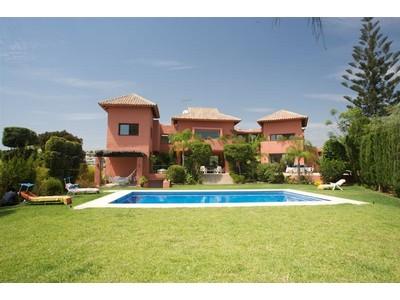Moradia for sales at Magnificent villa  Marbella, Costa Del Sol 29600 Espanha