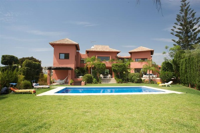 Maison unifamiliale for sales at Magnificent villa  Marbella, Costa Del Sol 29600 Espagne
