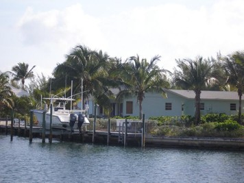 Single Family Home for sales at Blue Fin House  Treasure Cay, Abaco 00000 Bahamas