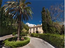 Maison unifamiliale for sales at Charming villa situated in gated urbanization  Marbella, Costa Del Sol 29600 Espagne