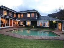 独户住宅 for sales at Upper Constantia - Position Perfect  Cape Town, 西开普省 7806 南非