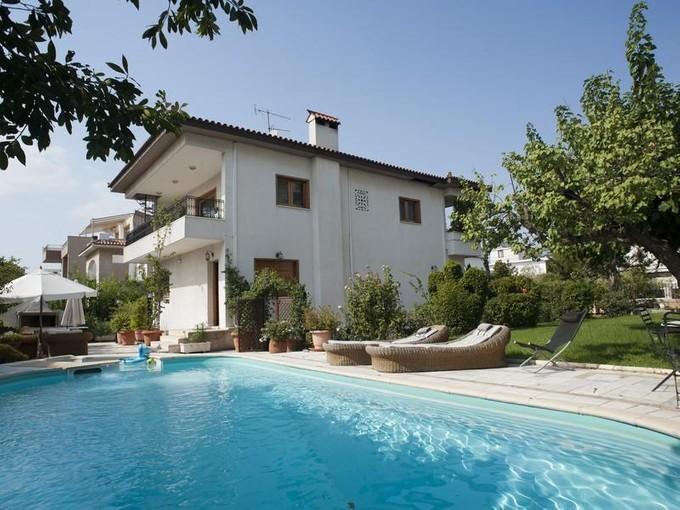 Vivienda unifamiliar for sales at Villa Melitta Alimos Other Attiki, Attiki 17456 Grecia