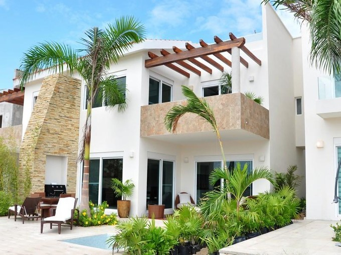 Townhouse for sales at MARINA ISLA VICTORIA CANCUN  Cancun, Quintana Roo 77500 Mexico