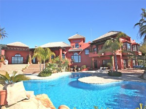 Additional photo for property listing at Spectacular villa with stunning sea views  Benahavis, Costa Del Sol 29679 Spanien