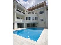 다가구 주택 for sales at Villa Philadelphus Voula   Voula, 아티키 166 73 그리스