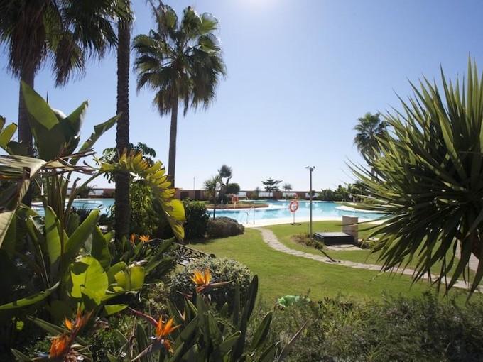 Apartment for sales at Fabulous 5 bedroom groundfloor duplex in Malibu  Marbella, Costa Del Sol 29660 Spain