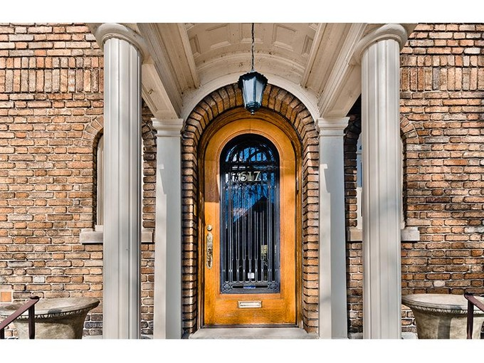 Maison unifamiliale for sales at Exquisite home in Westmount    Montreal, Québec H3Y 2Y3 Canada
