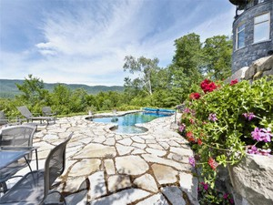 Additional photo for property listing at Chemin de Lac-Tremblant-Nord   Mont-Tremblant    Mont-Tremblant, Quebec J8E 1B4 Canadá