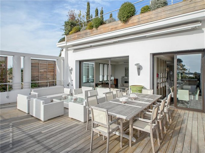 Other Residential for sales at Magnificent Art Deco mansion  Cannes, Provence-Alpes-Cote D'Azur 06400 France