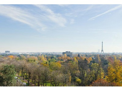 Квартира for sales at Apartment with Eiffel Tower view - Maurice Barres  Neuilly, Иль-Де-Франс 92200 Франция