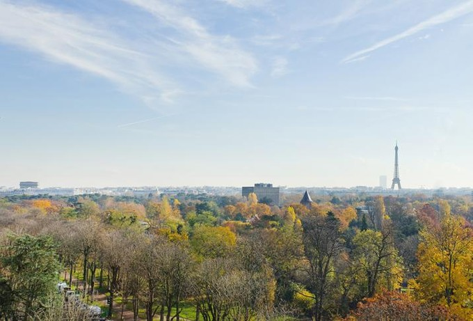 Apartamento for sales at Apartment with Eiffel Tower view - Maurice Barres  Neuilly, Ile-De-France 92200 Francia