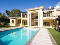 Einfamilienhaus for sales at Beeindruckende Nach Südosten Neu-bau Villa  Santa Ponsa, Mallorca 07180 Spanien