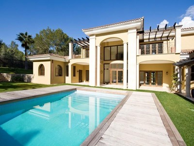 Maison unifamiliale for sales at Impressive Villa On Large Plot in Santa Ponsa Golf  Santa Ponsa, Majorque 07180 Espagne