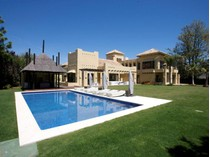 Maison unifamiliale for sales at Spectacular brand new beachside villa  Marbella, Costa Del Sol 29660 Espagne