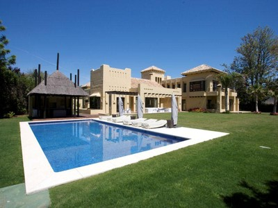 Einfamilienhaus for sales at Spectacular brand new beachside villa  Marbella, Costa Del Sol 29660 Spanien