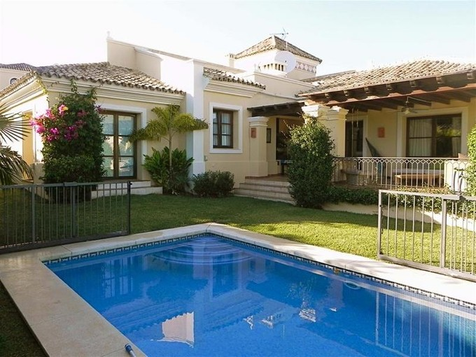 独户住宅 for sales at Lovely villa located in a gated private community  Marbella, Costa Del Sol 29660 西班牙