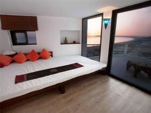 Additional photo for property listing at Fantastic villa built in a modern style with stunn  Cadiz, 安达卢西亚 11380 西班牙