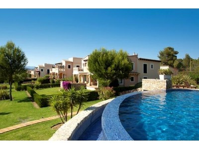 Apartment for sales at Apartment With Golf Views in Santa Ponsa  Santa Ponsa, Mallorca 07180 Spain