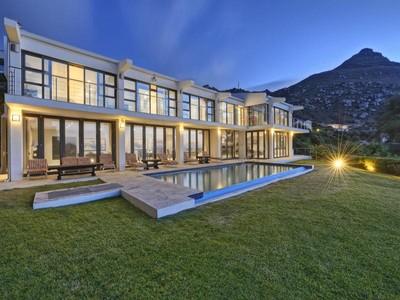 Villa for sales at Apostle Way  Cape Town, Capo Occidentale 8005 Sudafrica