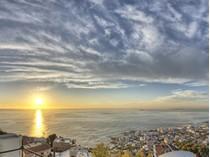 土地 for sales at Finest plot in Bantry Bay, Cape Town  Cape Town, 西开普省 2000 南非