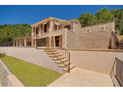 Moradia for sales at Newly built Villa with views in Andratx  Andratx, Palma De Maiorca 07150 Espanha
