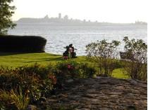 단독 가정 주택 for sales at A Prestigious Location    Sainte-Petronille, 퀘벡주 G0A 4C0 캐나다