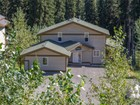 Single Family Home for  sales at Ski in / Ski Out Spacious Chalet 2216 Sunburst Drive  Sun Peaks, British Columbia V0E5N0 Canada