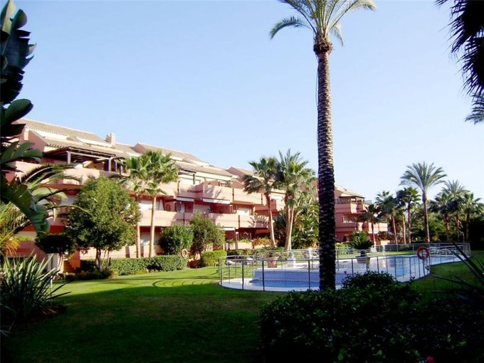 Apartman Dairesi for sales at Beautiful apartment in a gated community  Marbella, Costa Del Sol 29660 Ispanya