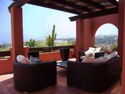 아파트 for sales at Duplex Penthouse walking distance to Puerto Banús  Marbella, Costa Del Sol 29660 스페인