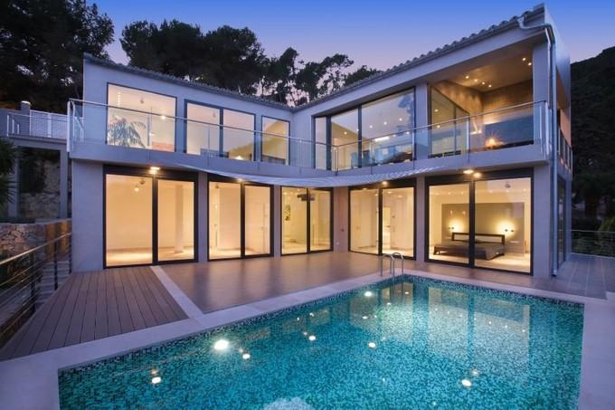 Casa Unifamiliar for sales at Villa moderna con vistas al mar en Génova  Genova, Mallorca 07003 España