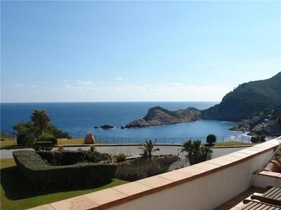Appartement for sales at Appartement en face de mer à Aiguafreda, Begur  Begur, Costa Brava 17255 Espagne