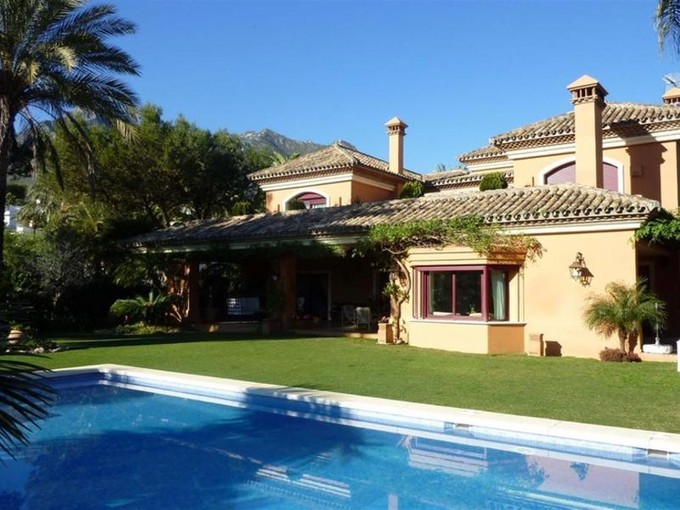 獨棟家庭住宅 for sales at Lovely classical style villa in the Golden Mile  Marbella, Costa Del Sol 29600 西班牙