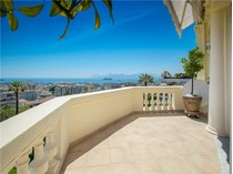 Apartamento for sales at Luxury top floor apartment in palace  Cannes, Provincia - Alpes - Costa Azul 06400 Francia