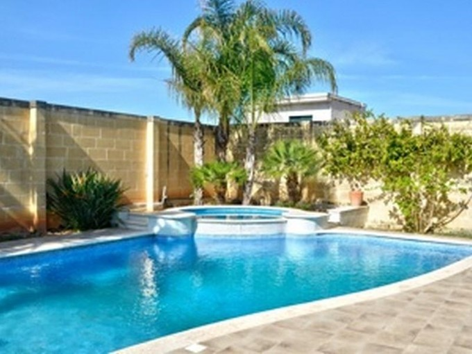 Autre Bien Résidentiel for sales at Semi Detached Villa Balzan  Balzan, Central BZW9033 Malte
