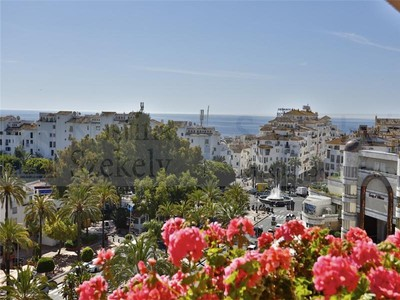 Duplex for sales at Outstanding duplex-penthouse close to Puerto Banus  Marbella, Costa Del Sol 29660 西班牙