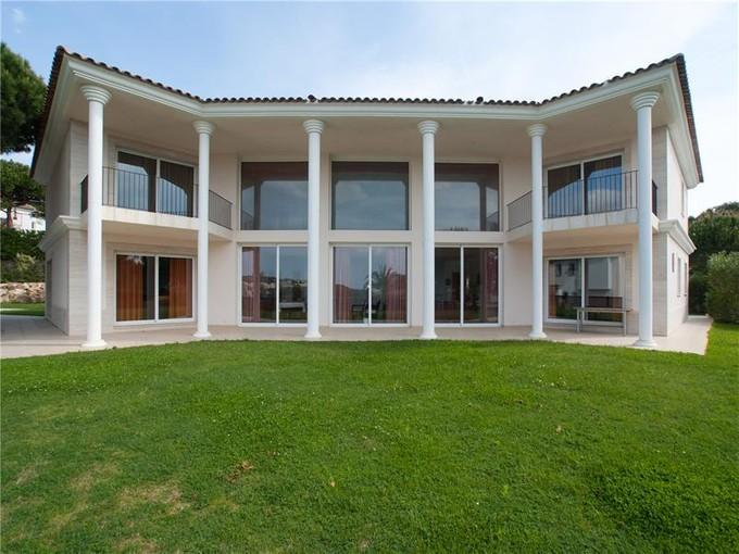Moradia for sales at House with seaviews in La Gavina  S'Agaro, Costa Brava 17220 Espanha
