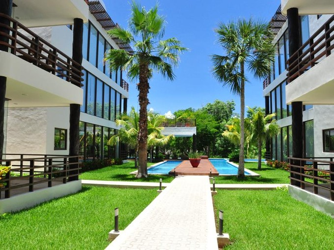 Condominium for sales at GOLF COURSE VIEW CONDO  Playa Del Carmen, Quintana Roo 77710 Mexico