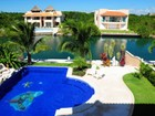 一戸建て for  sales at HACIENDA NAUTICA    Puerto Aventuras, Quintana Roo 77030 メキシコ
