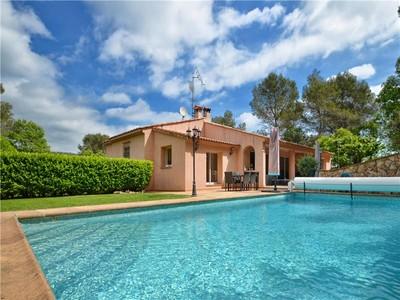 Diğer Meskun Mahal for sales at PRIVATE DOMAIN - CLOSE TO GOLF COURSE   Mougins, Provence-Alpes-Cote D'Azur 06250 Fransa