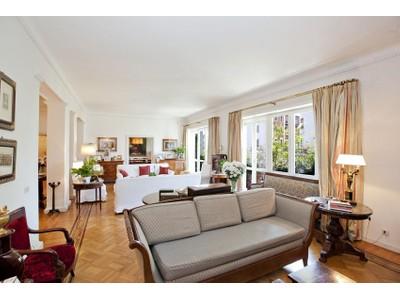 Căn hộ for sales at Splendid Rome Apartment Pietro Antonio Micheli Rome, Rome 00197 Ý