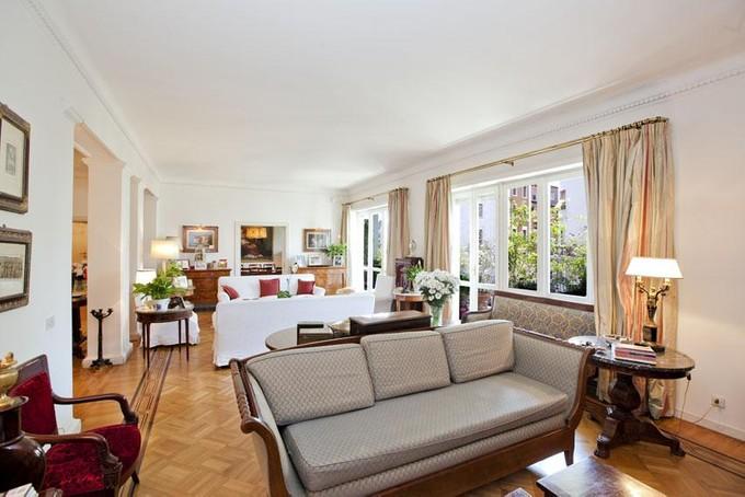 公寓 for sales at Splendid Rome Apartment Pietro Antonio Micheli Rome, Rome 00197 義大利