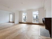 Apartman Dairesi for sales at Paris 8 - Colisée  Paris, Paris 75008 Fransa