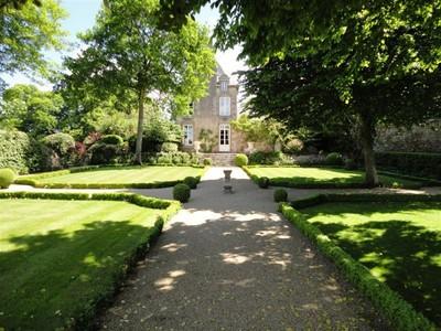 Otras residenciales for sales at MANOR  Other Brittany, Bretaña 35870 Francia