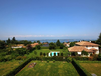 Apartment for sales at Superb apartment overlooking the lake  Cologny, Geneve 1223 Switzerland