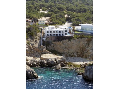 Maison multifamiliale for sales at Spectacular villa in first line  Santa Ponsa, Majorque 07180 Espagne