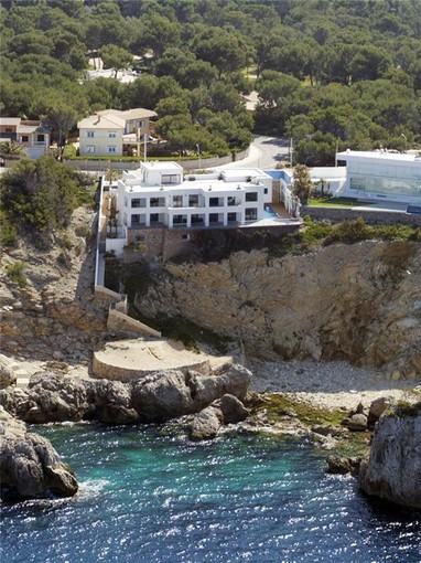 Multi-Family Home for sales at Spectacular villa in first line  Santa Ponsa, Mallorca 07180 Spain