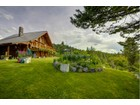 Vivienda unifamiliar for  sales at Private Log Home with Acreage    Oliver, British Columbia V0H 1T0 Canadá