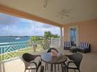Condominio for  sales at Ocean Club Residences & Marina + Dock Slip  Paradise Island, New Providence/Nassau . Bahamas